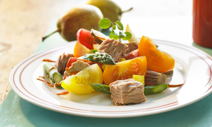 Tuna, Asparagus and Tomato Salad