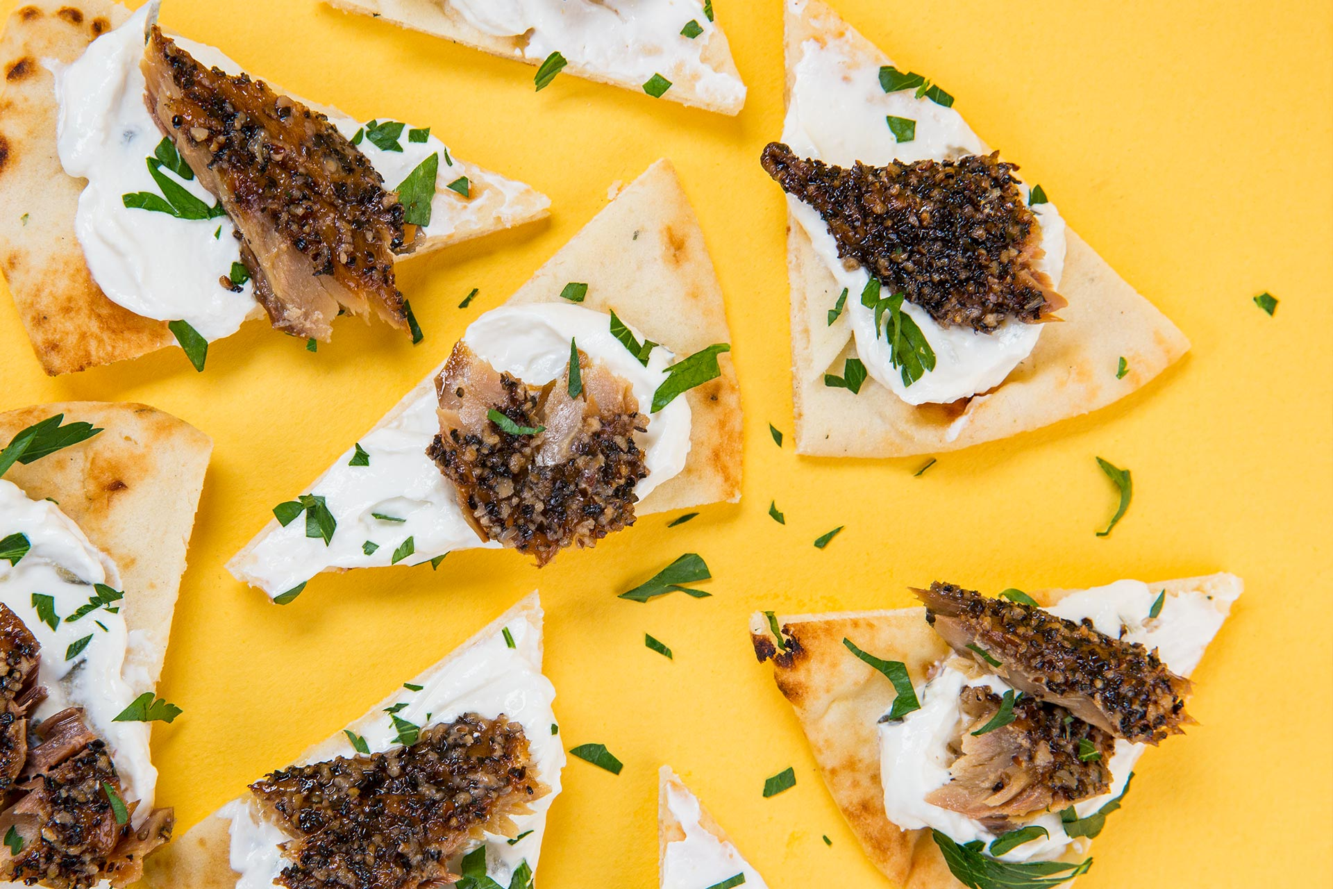 Peppered Smoked Mackerel With Pita & Tzatziki
